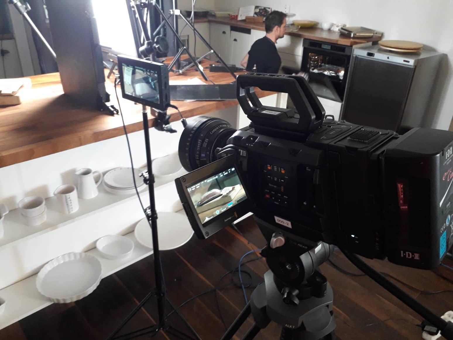 acomware-kostelecke-uzeniny-pripadova-studie-ukazka-kamery